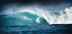 Big wave - Debbie Nicholson